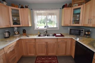 Photo 5: 1225 AVELING COALMINE Road in Smithers: Smithers - Rural House for sale (Smithers And Area (Zone 54))  : MLS®# R2607586