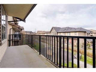 """Photo 6: 95 9525 204 Street in Langley: Walnut Grove Townhouse for sale in """"TIME"""" : MLS®# R2444659"""