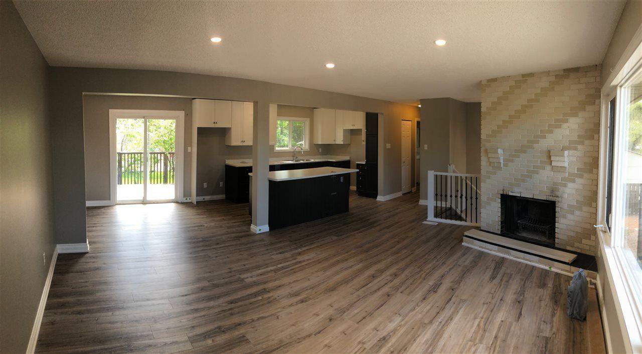 Photo 3: Photos: 9107 101 Avenue in Fort St. John: Fort St. John - City NE House for sale (Fort St. John (Zone 60))  : MLS®# R2465805
