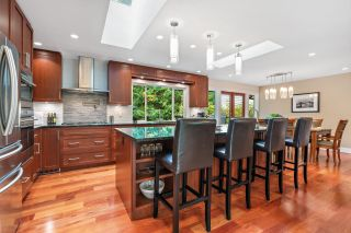 Photo 4: 5401 ESPERANZA Drive in North Vancouver: Canyon Heights NV House for sale : MLS®# R2625454