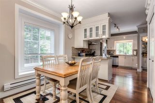 """Photo 5: 119 3333 DEWDNEY TRUNK Road in Port Moody: Port Moody Centre Townhouse for sale in """"CENTRE POINT"""" : MLS®# R2408387"""