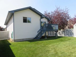 Photo 41: 929 116A Street in Edmonton: Zone 16 House for sale : MLS®# E4256079
