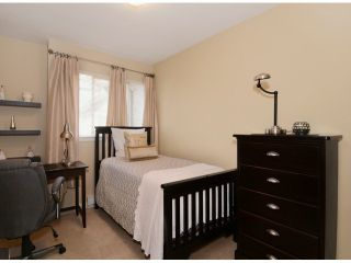 """Photo 8: 13 16772 61ST Avenue in Surrey: Cloverdale BC Townhouse for sale in """"Laredo"""" (Cloverdale)  : MLS®# F1322525"""