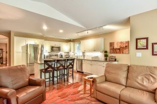 """Photo 10: 4 6488 168 Street in Surrey: Cloverdale BC Townhouse for sale in """"TURNBERRY"""" (Cloverdale)  : MLS®# R2298563"""