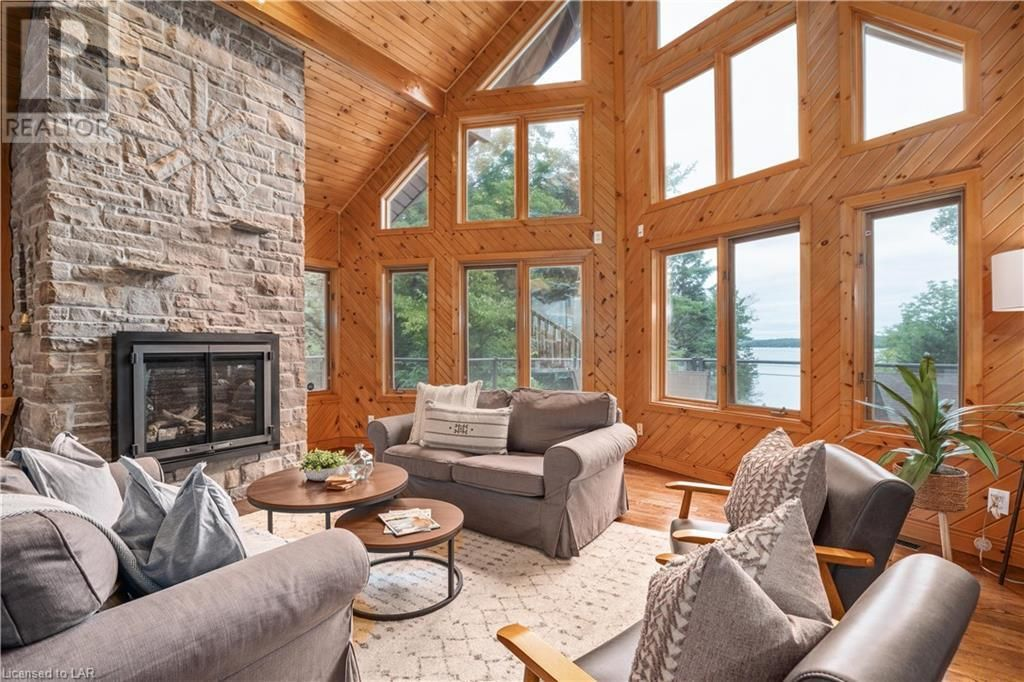 Main Photo: 1292 PORT CUNNINGTON Road in Dwight: House for sale : MLS®# 40161840