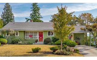 """Photo 1: 8755 CREST Drive in Burnaby: The Crest House for sale in """"Cariboo-Cumberland"""" (Burnaby East)  : MLS®# R2396687"""