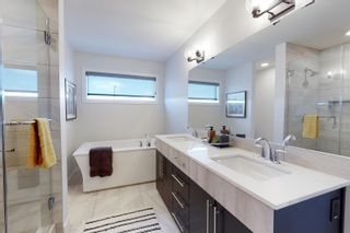 Photo 15: 1624 Enright Way in Edmonton: Zone 57 House for sale : MLS®# E4261772