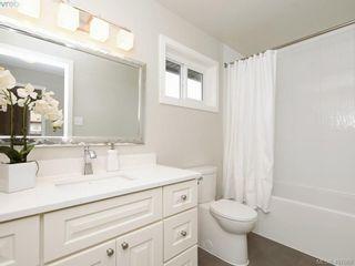 Photo 18: 2944 Robalee Pl in VICTORIA: La Goldstream Half Duplex for sale (Langford)  : MLS®# 810225