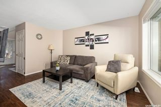 Photo 5: 4 215 Pinehouse Drive in Saskatoon: Lawson Heights Residential for sale : MLS®# SK870011