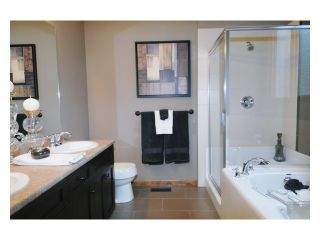 "Photo 6: 97 24185 106B Avenue in Maple Ridge: Albion Townhouse for sale in ""TRAILS EDGE"" : MLS®# V1045522"
