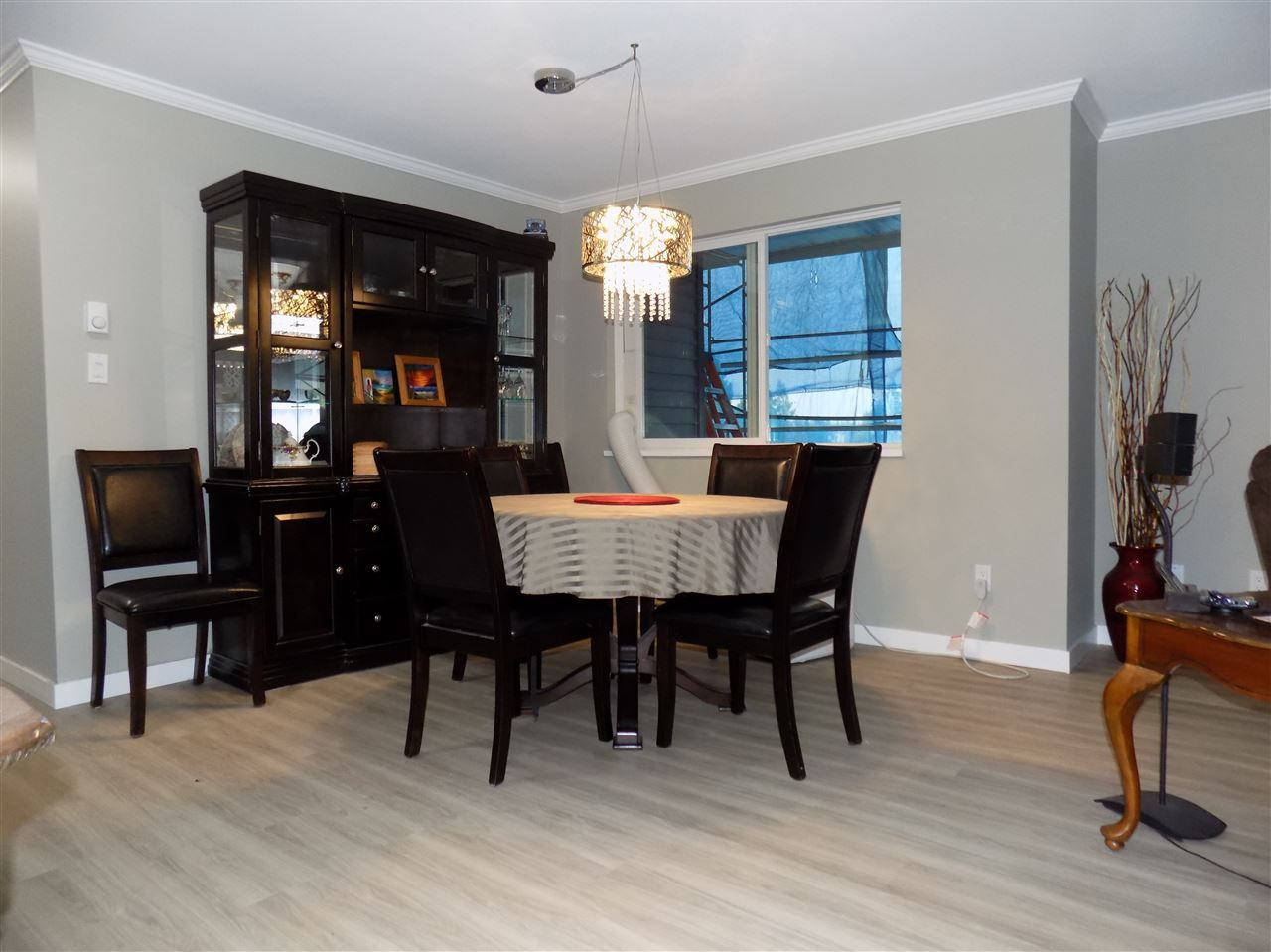 Photo 8: Photos: 311 32044 OLD YALE Road in Abbotsford: Abbotsford West Condo for sale : MLS®# R2331409