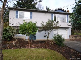 Photo 1: 1200 Hobson Ave in COURTENAY: CV Courtenay East House for sale (Comox Valley)  : MLS®# 689585