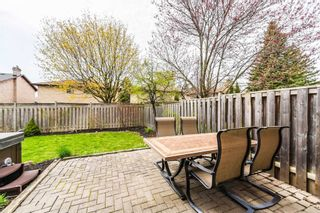 Photo 34: 112 Ribblesdale Drive in Whitby: Pringle Creek House (2-Storey) for sale : MLS®# E5222061