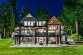 """Photo 32: 13415 VINE MAPLE Drive in Surrey: Elgin Chantrell House for sale in """"Crescent Park"""" (South Surrey White Rock)  : MLS®# R2603909"""