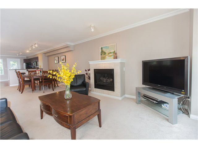 """Photo 8: Photos: 113 12040 68 Avenue in Surrey: West Newton Townhouse for sale in """"TERRANE"""" : MLS®# F1446726"""