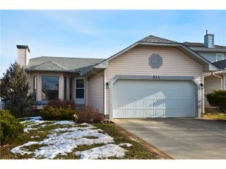 Main Photo: 834 COVENTRY Drive NE in Calgary: Coventry Hills House for sale : MLS®# C4054976