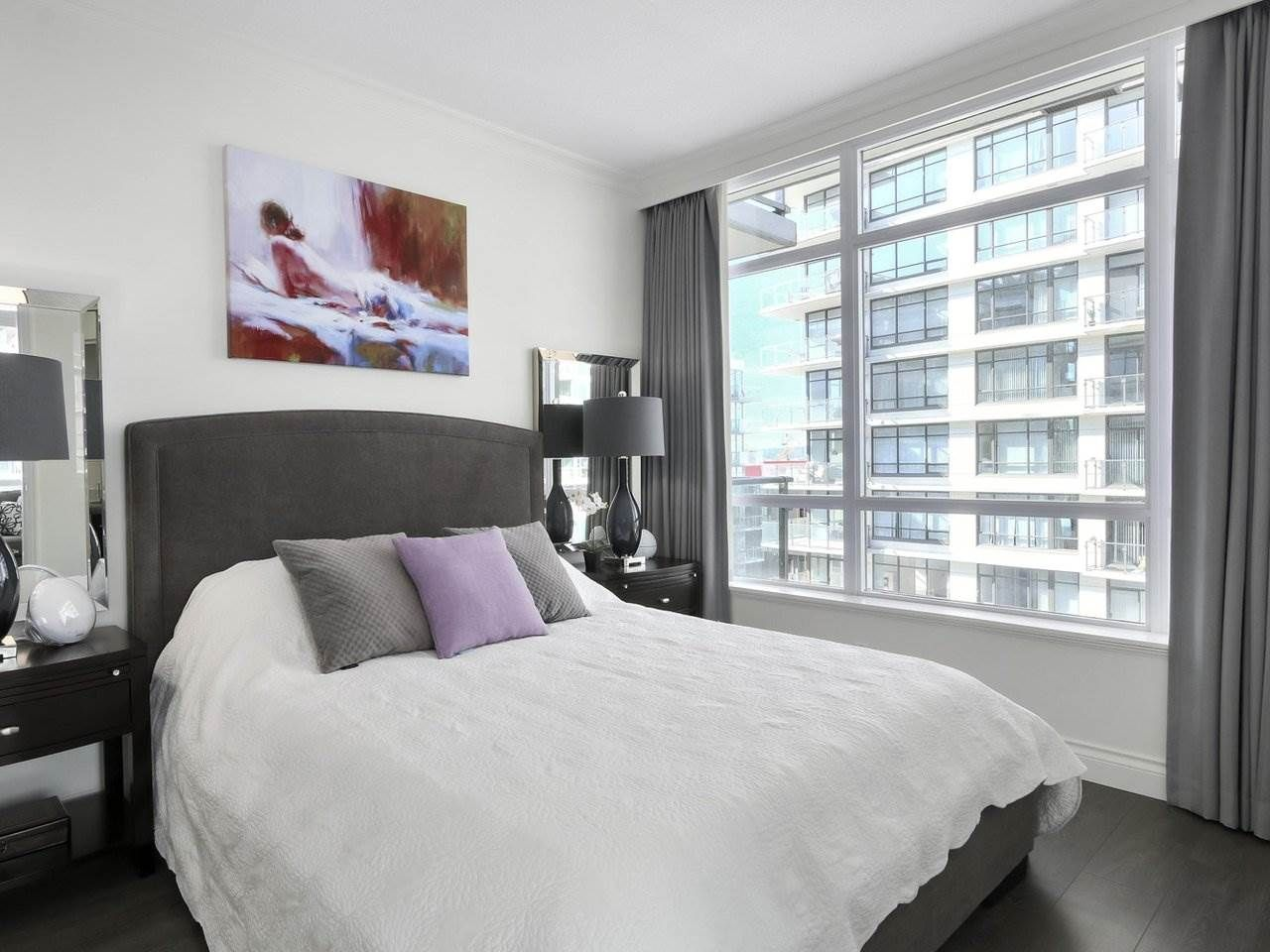 """Photo 11: Photos: 608 172 VICTORY SHIP Way in North Vancouver: Lower Lonsdale Condo for sale in """"Atrium at the Pier"""" : MLS®# R2454404"""