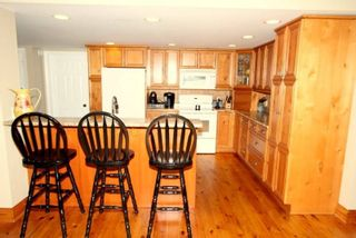 Photo 3: 9 Redcap Beach Lane in Kawartha Lakes: Rural Carden House (Bungalow) for sale : MLS®# X4399326