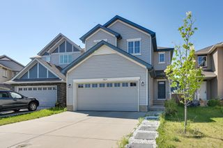 Photo 2: 5619 18 Avenue in Edmonton: Zone 53 House for sale : MLS®# E4252576