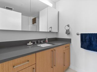 """Photo 11: 801 251 E 7TH Avenue in Vancouver: Mount Pleasant VE Condo for sale in """"District"""" (Vancouver East)  : MLS®# R2621042"""
