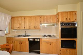 Photo 12: 27 Braden Crescent NW in Calgary: Brentwood House for sale : MLS®# C4191763