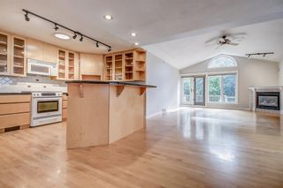 Photo 7: 1916 10A Street SW in Calgary: Upper Mount Royal Detached for sale : MLS®# A1016664