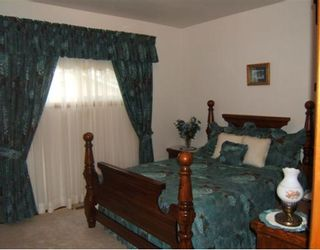 Photo 5: 16 BREWSTER Bay in WINNIPEG: Transcona Residential for sale (North East Winnipeg)  : MLS®# 2913099