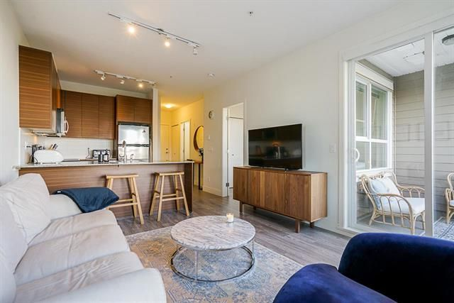 Main Photo: 215 5788 SIDLEY STREET in BURNABY: Metrotown Condo for sale (Burnaby South)  : MLS®# R2528004