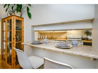 """Photo 7: 40 9101 FOREST GROVE Drive in Burnaby: Forest Hills BN Townhouse for sale in """"ROSSMOOR"""" (Burnaby North)  : MLS®# R2374547"""