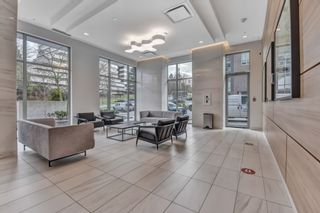 Photo 3: 2605 5515 BOUNDARY Road in Vancouver: Collingwood VE Condo for sale (Vancouver East)  : MLS®# R2537193