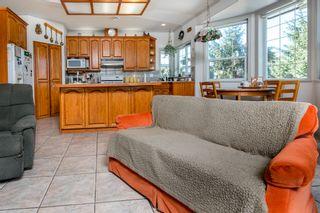 Photo 13: 12105 201 STREET in MAPLE RIDGE: Home for sale : MLS®# V1143036