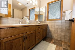 Photo 26: 3302 South Parkside Drive S in Lethbridge: House for sale : MLS®# A1140358