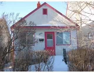 Photo 1: 824 STELLA Avenue in WINNIPEG: North End Residential for sale (North West Winnipeg)  : MLS®# 2904859