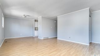 Photo 4: 1123 Athabasca Street West in Moose Jaw: Palliser Residential for sale : MLS®# SK869604