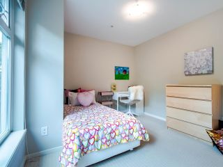"""Photo 34: 3820 WELWYN Street in Vancouver: Victoria VE Condo for sale in """"Stories"""" (Vancouver East)  : MLS®# R2472827"""