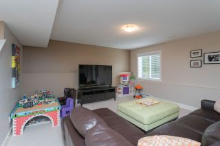 Photo 39: 16484 60A Avenue in Surrey: Cloverdale BC House for sale (Cloverdale)  : MLS®# R2456556
