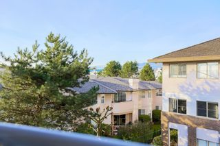 """Photo 13: 301 19130 FORD Road in Pitt Meadows: Central Meadows Condo for sale in """"Beacon's Square"""" : MLS®# R2032727"""
