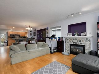 Photo 7: 2239 Setchfield Ave in : La Bear Mountain House for sale (Langford)  : MLS®# 870272