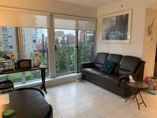 Photo 2: 703 1252 HORNBY STREET in Vancouver: Downtown VW Condo for sale (Vancouver West)  : MLS®# R2409965