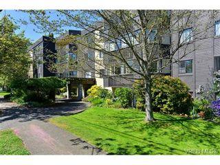 Photo 1: 404 1012 Collinson St in VICTORIA: Vi Fairfield West Condo for sale (Victoria)  : MLS®# 728827
