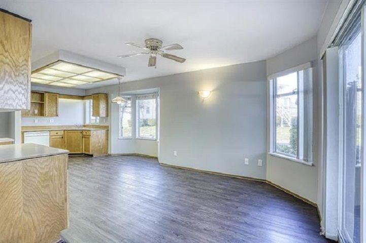 "Photo 4: Photos: 131 7156 121 Street in Surrey: West Newton Townhouse for sale in ""Glenwood Village Scotttsdale"" : MLS®# R2556471"