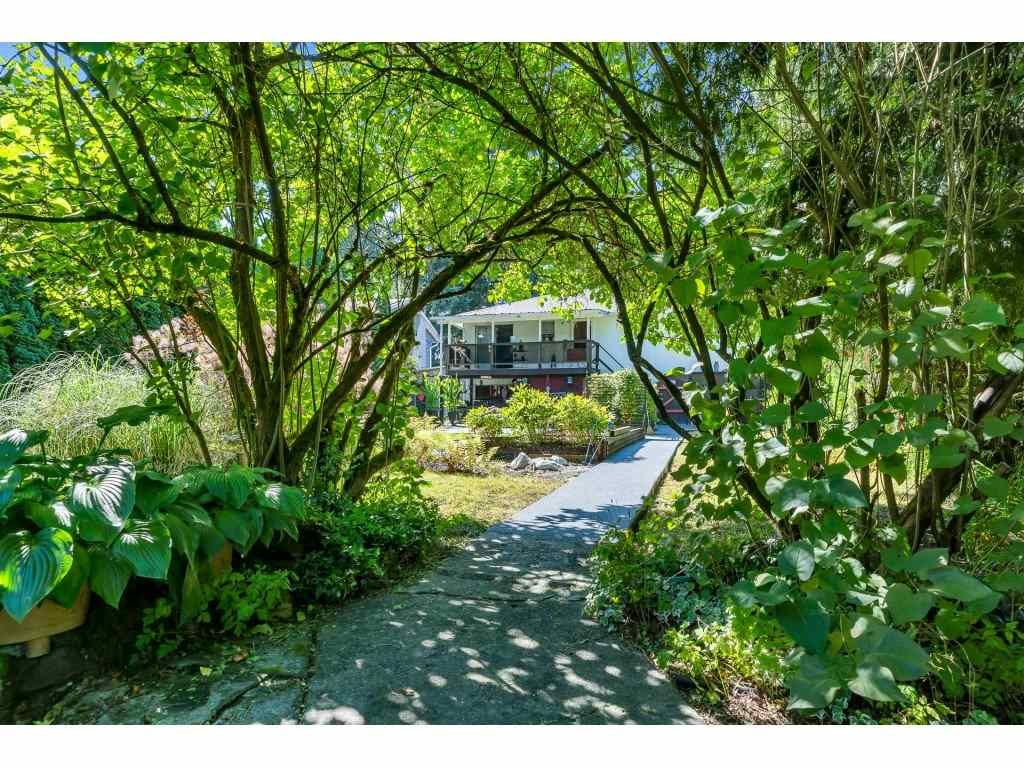Main Photo: 3272 ULSTER Street in Port Coquitlam: Lincoln Park PQ House for sale : MLS®# R2490900