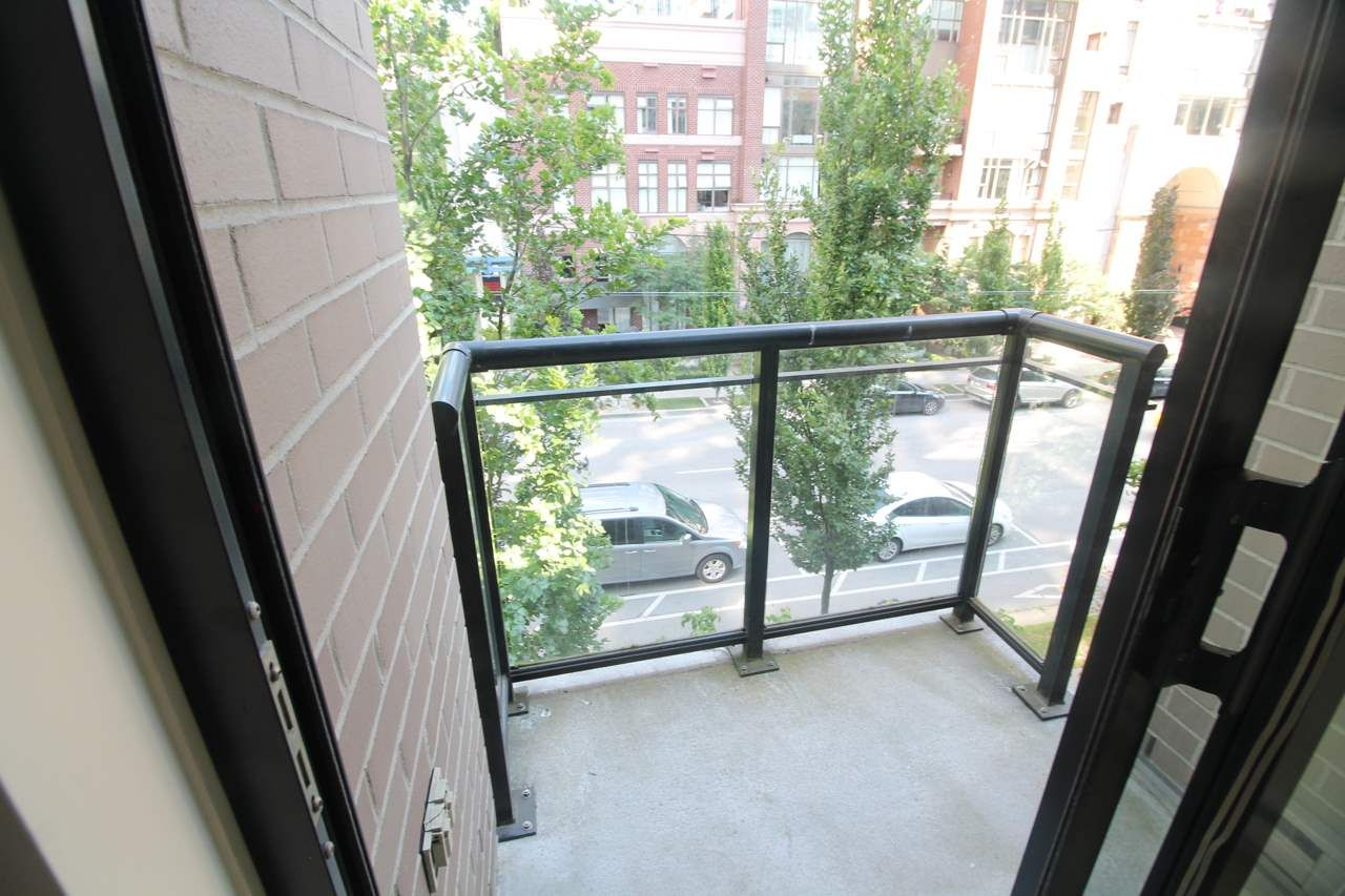 """Main Photo: 318 1295 RICHARDS Street in Vancouver: Yaletown Condo for sale in """"The Oscar"""" (Vancouver West)  : MLS®# R2528753"""
