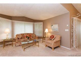 Photo 4: 97 7570 Tetayut Rd in SAANICHTON: CS Hawthorne Manufactured Home for sale (Central Saanich)  : MLS®# 636903