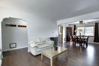 Photo 5: 1504 20 Street NW in Calgary: Hounsfield Heights/Briar Hill Detached for sale : MLS®# A1065862