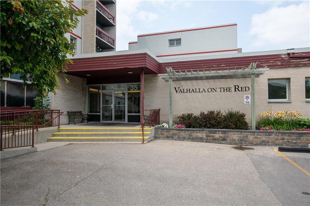 Main Photo: 415 35 Valhalla Drive in Winnipeg: North Kildonan Condominium for sale (3G)  : MLS®# 202118525