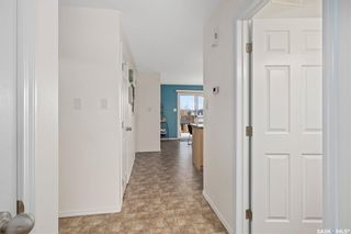 Photo 6: 135 Guenther Crescent in Warman: Residential for sale : MLS®# SK846978