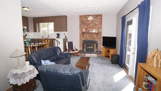 Photo 14: 10615 165 Avenue in Edmonton: Zone 27 House for sale : MLS®# E4247555
