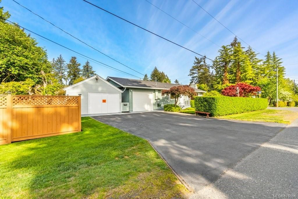 Main Photo: 1891 Hallen Ave in : Na Central Nanaimo House for sale (Nanaimo)  : MLS®# 876086