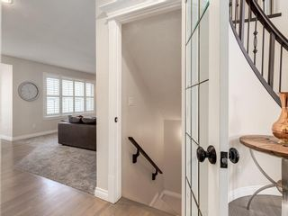 Photo 38: 123 SIGNATURE Terrace SW in Calgary: Signal Hill Detached for sale : MLS®# C4303183